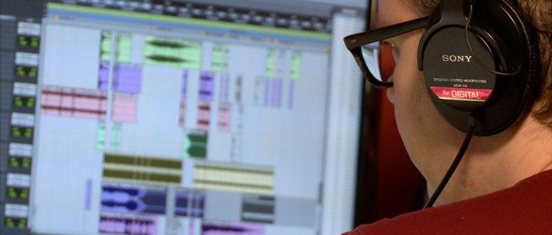 Using Music: Jonathan Mitchell - Transom